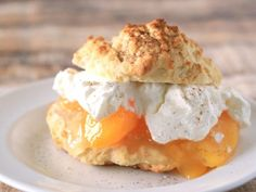 Peach Chai Shortcake for National Peach Month! Homemade Desserts, Easy Desserts, Delicious Desserts, Pie Dessert, Dessert Recipes, Peach Pie Filling, Types Of Desserts, Classic Desserts, Desert Recipes