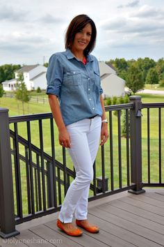 white jeans with chambray shirt and orange flats