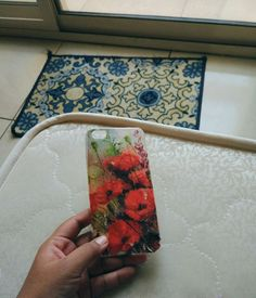 Decoupage on mobile cover