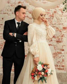 Hijab Style Dress, Wedding Hijab, Beautiful Nature Scenes, Bridesmaid Dresses, Wedding Dresses, Wedding Couples, Hijab Fashion, Muslim, Flower Girl Dresses