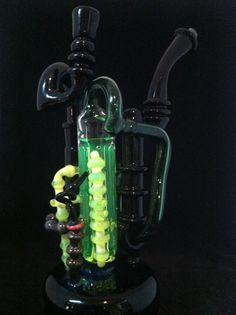 glass pipe by Snoop....Steampunk recirculator #Bong #Pipe #Waterpipe #Stoner #Pot #Weed #Glasspipe #Teagardins #SmokeShop http://Teagardins.com