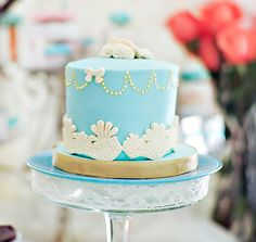 Tres Shabby Chic Baby Shower Cake - Bella Paris Designs