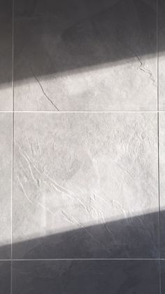 grey textured tile with natural light - bathroom Light Bathroom, Bathroom Lighting, Construction, Natural Light, Tile Floor, Flooring, Grey, Nature, Trends