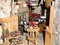 http://lemondecratifdecatherine.blogspot.com/2013/05/quelques-trucs-que-jaime-bien-faire.html