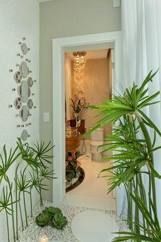 Casa Buriti: Corredores, halls e escadas modernos por Arquiteto Aquiles Nícolas Kílaris