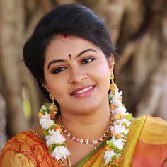 Beautiful Girl Photo, Beautiful Girl Indian, Most Beautiful Indian Actress, Beautiful Actresses, Beautiful Ladies, Indian Wedding Photography Poses, Beauty Photography, Beauty Full Girl, Beauty Women