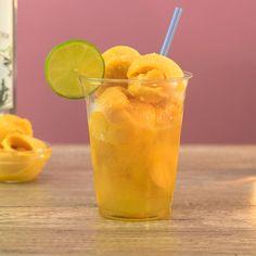 Tequila Mix, Tequila Sunrise, Fruity Alcohol Drinks, Alcoholic Drinks, Beverages, Mango Tart, Mango Sorbet, Mango Cocktail, Cocktail Recipes