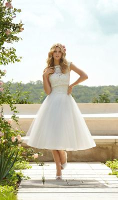 I think I have fall in love with this short wedding dresses,short lace wedding dresses #vestidos de #novia