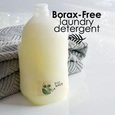 The Homestead Survival | Borax Free Laundry Detergent Recipe | http://thehomesteadsurvival.com