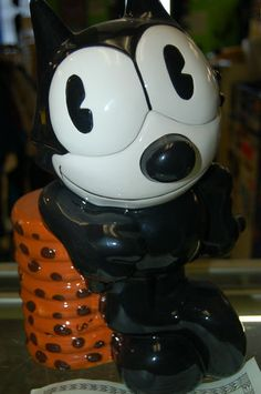 Felix the Cat Limited Edition of 1000 Cookie Jar made in China by Treasure Craft