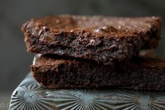 The Perfect Fudgy Brownie (Grain-Free, Paleo, Gluten Free) - Deliciously Organic