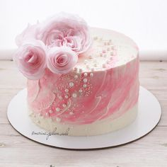 Happy Birthday Cakes For Women, Heart Cookies, Cake Images, Cake Decorating, Pastel, Ethnic Recipes, Sweet, Flowers, Desserts