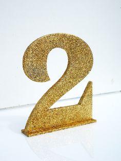 Numeração com glitter para numeração de mesas.