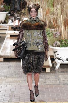 Antonio Marras Fall 2016 Ready-to-Wear Collection Photos - Vogue...military khaki + leopard print + chionoiserei embroideries + faux fur=perfect jacket...