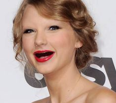 Top 10 Celebrities Without Teeth and Eyebrows