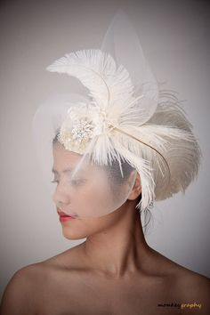 L'AMANTE - Vintage inspired bridal hat  WEDDING fascinator