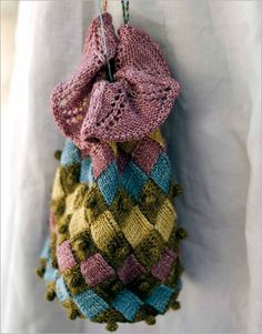 Entrelac Reticule with Bobble Trim - Interweave
