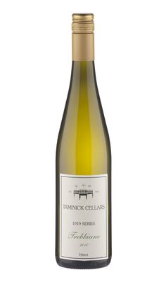 2010	Taminick Cellars Glenrowan Trebbiano 2010	Attractive honeyed aromas with floral notes, then tangy lime in the mouth with slatey minerals, and a steely yet light feel. Good concentration of flavour, very fine, gently sweet/sour and easy to drink. 	90	$15	Mike Bennie (WINE100 March 2012) Tourism Website, Wine Reviews, Wine List, Wine And Beer, Wines, Minerals, Things To Do, March, Drink