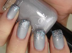 grey with icy blue glitter tips, swatch by phnnguyen