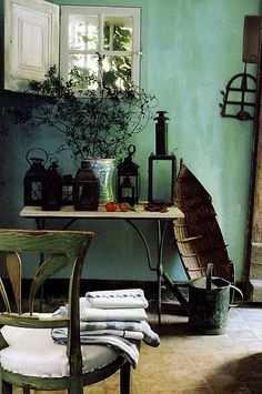 Little window and wall color love. French decorator Frédéric Méchiche's has reworked a fourteenth-century fisherman's cottage in Hyeres on the Cote d'Azur. Fishermans Cottage, Deco Addict, Provence Style, Piece A Vivre, French Interior, My New Room, Decoration, Interior Inspiration, Garden Inspiration