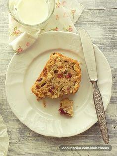 RECEPTI: kolaci i slana jela / Kuglof od jabuka  — Coolinarika