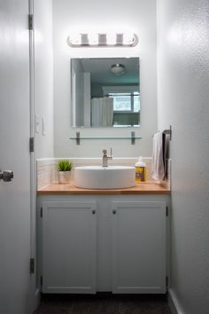 diy bathroom renovation >> edible perspective #diy #smallbathroom