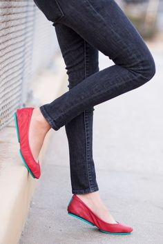 Discover the most versatile flats in the world! From day to night, Cardinal Red Tieks are the perfect addition to any outfit. Shop this style and find outfit inspiration here.