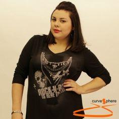 Camiseta con print de rock and roll y calavera. Camiseta tallas grandes.