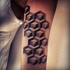 Gregorio Marangoni e 65 tatuagens de pontilhismo