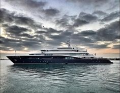 Carinthia VII  #lürssen #luerssen #lurssen  #superyacht #luxury #yacht #megayacht #lürssenyachts #luerssenyachts #lurssenyachts #carinthiaVII #great #shot #taken #in #gibraltar  Photo by @discoverjonno