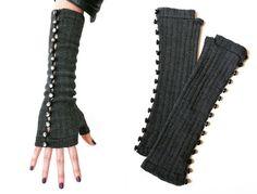 Guanti senza dita con dettaglio bottone / guanti di KMJknitwear