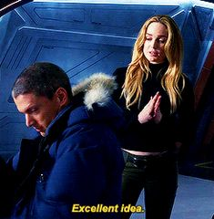 """Excellent idea"" - Leonard and Sara #LegendsOfTomorrow"