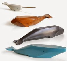worth 1000 words: whales of wood - Small for Big wooden whales. I think wood toys rock. These really are quite beautiful, aren't they? Would love to watch after adding them to Block Work. Wooden Crafts, Diy And Crafts, Wooden Diy, Wood Projects, Woodworking Projects, Deco Kids, Wooden Animals, Diy Holz, Whittling