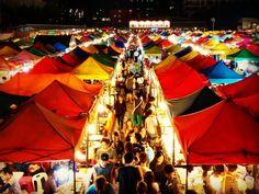 Rod Fai Markt in Bangkok