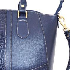 3333700d1eb05 BOLSA DE OMBRO STAR BAG COURO 2063 MARINHO. . Só Courus Uma bolsa mais linda
