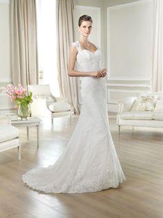 Brautkleid aus der Brautmoden Kollektion White One 2014