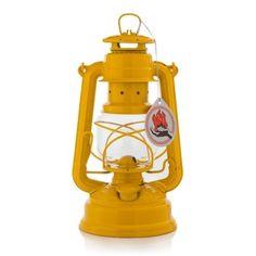 Feuerhand Stormlantaarn   geel #gift #wanted #wishinglist #verlanglijst #cadeau #kado #boenderpint
