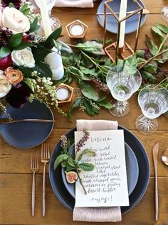Stunning Wedding Tablescape | Navy, Greenery and Pink Wedding | Gold Accents