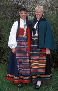 DigitaltMuseum - kvinnebunad frå Vestfold Norway, Scandinavian, All Things, Ethnic, Traditional, Costumes, Dolls, Dresses, Style