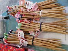 Polka dot knitting needles make me wish i could knit.