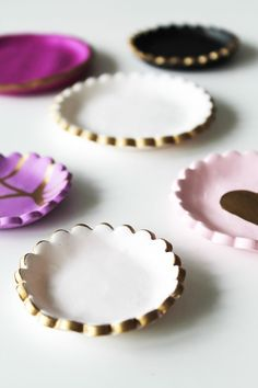 DIY: Gold-Decorated Clay Jewelry Dishes