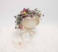 Newborn Photography Prop. Beautiful flower bonnets for newborn babies or you can place an order for 6-12 months olds. These are available on