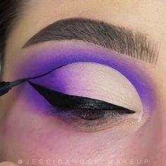Beautiful Eye Makeup 😍 - The Effective Pictures We Offer You About diy crafts A quality picture can tell you many things. Smoky Eye Makeup, Edgy Makeup, Purple Makeup, Eye Makeup Steps, Makeup Eye Looks, Beautiful Eye Makeup, Colorful Eye Makeup, Eye Makeup Art, Crazy Makeup