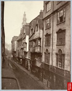[Perfect street] old London photos Victorian London, Vintage London, Victorian Era, Victorian History, Tudor History, Great Fire Of London, The Great Fire, Old Pictures, Old Photos