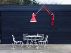 Anglepoise_Original_1227_Giant_Outdoor_Lamp-2-600x450