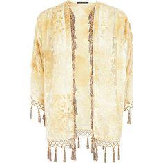 Spiritual Hippie Summer Festival Short Jacket Kimono One Size (105 RON) ❤ liked on Polyvore featuring outerwear, jackets, neutral, fringed kimono jacket, short kimono jacket, summer jackets, floral kimono and cream jacket