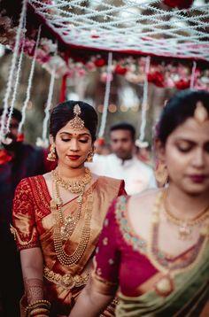 Karishma and Shravan -A beautiful wedding in the backwaters of Kerala Bridal Photography, Photography Poses, Temple Jewellery, Wedding Vendors, Formal Wear, Kerala, Blouse Designs, Bride Groom, Big Day