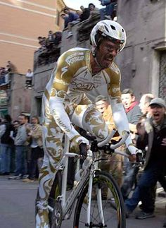 Golden Boy!  87th Giro in 2004