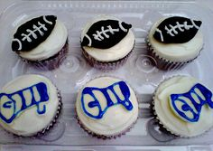 Glee Cupcakes by Animated Cupcakes, via Flickr
