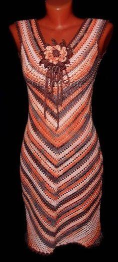 Delicadezas en crochet Gabriela: Vestido simetrico muy fácil